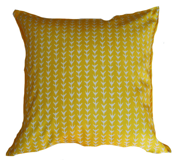 Pineapple Spikes Outdoor Indoor Cushion Bungalow Living