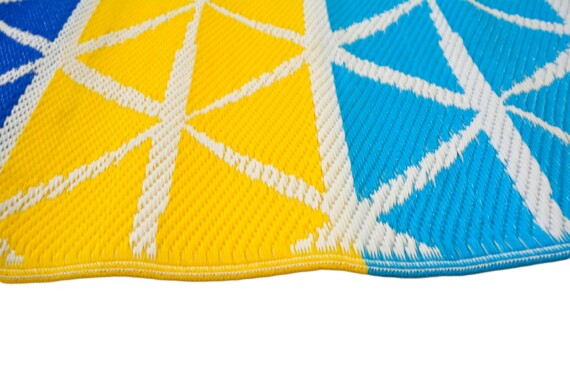 Beach Days Blue & Yellow Outdoor Mat 3